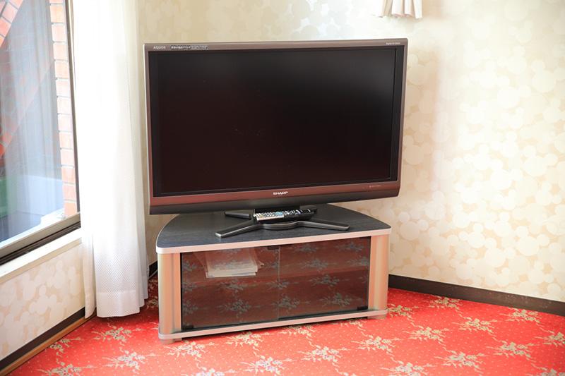 共用設備、大型テレビ